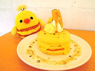 Rilakkuma meets Pancake Days - honey and sweet potato stack