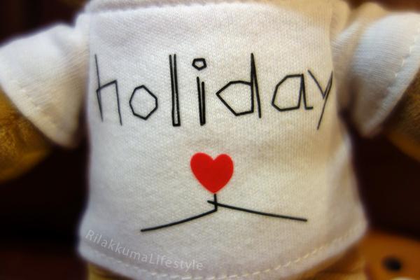 Holiday x Rilakkuma - shirt close-up