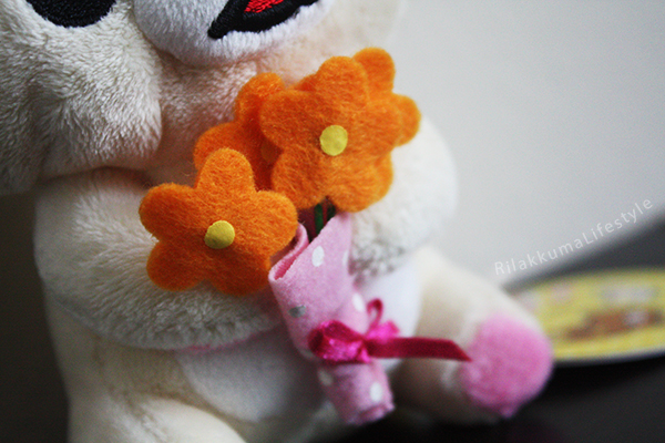 Flower Bouquet Korilakkuma - flower detail