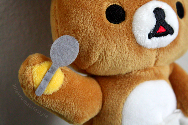 Shaved Ice Rilakkuma - spoon detail