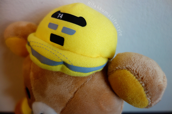 Rilakkuma Meets Dr. Yellow - store exclusive hat detail