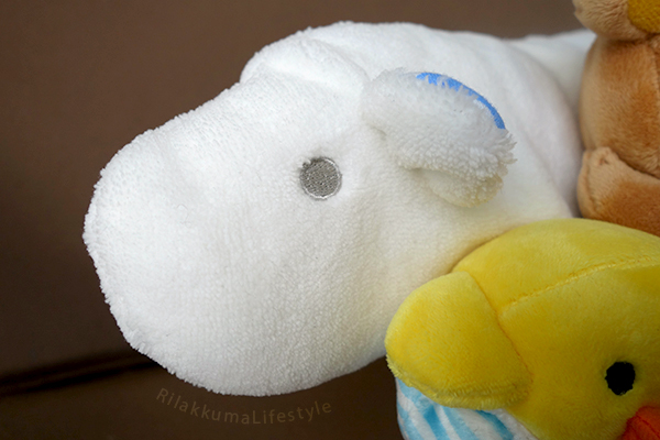 Kobe Rilakkuma Store Opening Plush Set - polar bear detail